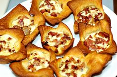 Bacon Brunch Bites - fun snack for a tailgating party / football party / appetizer / potluck / grilling / cookout / bbq season /summer food