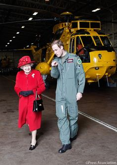 The Duke of Cambridge and her Majesty the Queen / twitter