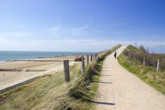 het Zeeuwse Zoutelande: Holland. Places To Travel, Seaside, Places Ive Been, Holland, Sidewalk, Country Roads, Sky, Water, Beaches