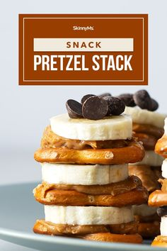 Snack Pretzel Stack Snacks To Make, Snacks For Work, Healthy Snacks For Kids, Easy Snacks, Healthy Treats, Yummy Snacks, Healthy Desserts, Yummy Treats, Snack Recipes
