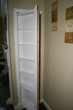 Gentil Hidden Door/bookshelf