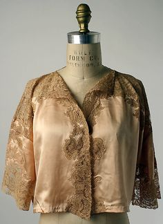 Bed jacket Date: 1920–39 Culture: American Medium: silk, cotton. Front