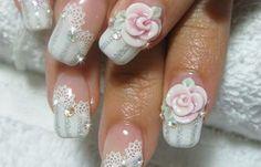 Diseños de uñas con rosas flores, diseños de uñas con rosas.   #uñasdecoradas #unhas #uñasbonitas