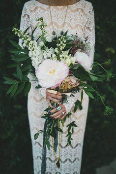 25 Chic Bohemian Wedding Bouquets | http://www.deerpearlflowers.com/25-chic-bohemian-wedding-bouquets/