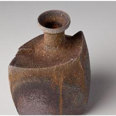 MENTORI-TOKKURI (Sake Bottle with Chamfering Design)