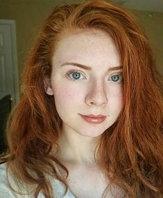 I'm in love with the natural beauty of freckles, and red hair and, if your here, you are too. I dye my hair red. I'm not natural red! Stunning Redhead, Beautiful Red Hair, Most Beautiful Faces, Beautiful Girl Image, Beautiful Eyes, Amazing Eyes, Amazing Women, Redhead Funny, Redhead Girl