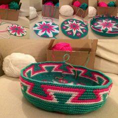 Wayuu Mochila bottom Diy Crochet Bag, Crochet Chart, Cute Crochet, Crochet Baby, Knit Crochet, Crochet Patterns, Tapestry Bag, Tapestry Crochet, Mochila Crochet