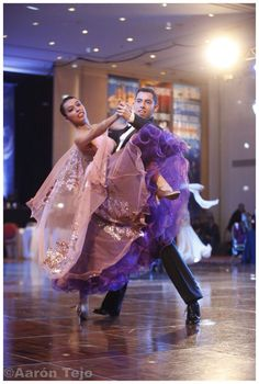 World promotion buenos aires 2015, dancing quickstep Gonzalo Pavez and Daniela Moreno, Cia jose Luis tejo