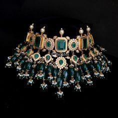 Photos of Raabta By Rahul, Karol Bagh , Delhi Antique Jewellery Designs, Fancy Jewellery, Stylish Jewelry, Fashion Jewelry, Diamond Jewellery, Indian Jewelry Earrings, Indian Jewelry Sets, Jewelry Design Earrings, Indian Wedding Jewelry