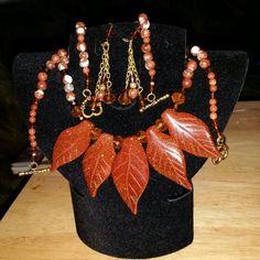 Sandstone & Crystal Crafts by Lacacia
