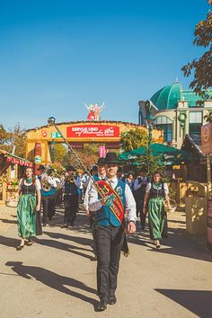 Wiener Wiesn-Fest September 26 - October 2019 Mo-Sa am - midnight, Su am - pm Detailed music program & tickets: www.at ©Hannes Winkler Folk Music, Tent, September, Dining, Shopping, Store, Food, Tentsile Tent, Tents