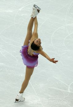 フィギュア団体戦・女子SPで3位の浅田、ソチ五輪