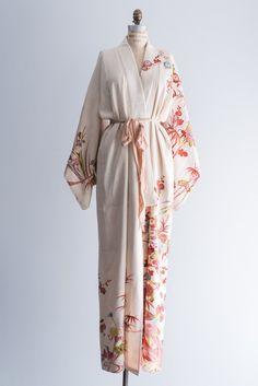 1940s Silk Floral Cream Kimono Robe - One Size | G O S S A M E R