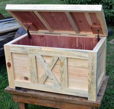 Diy Pallet Projects, Woodworking Projects Diy, Diy Wood Projects, Woodworking Videos, Woodworking Wood, Easy Projects, Diy Outdoor Furniture, Diy Pallet Furniture, Furniture Design