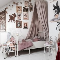 5 Kids' Canopy Beds