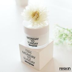 reskin_cosmeticsMONSUN 슬리핑 마스크  올레인산 트리글리세라이드가 풍부한 동백오일 함유! 숙면하는 동안 미백 + 주름개선 2중 기능성으로 피부관리!