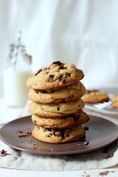 Wicked sweet kitchen: Giant chocolate chip cookies