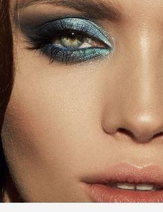 Make Up; Look; Make Up Looks; Make Up Augen; Make Up Prom;Make Up Face; Makeup Steps makeup augen hochzeit ideas tips makeup Metallic Makeup, Glam Makeup, Eyeshadow Makeup, Makeup Art, Makeup Tips, Makeup Light, Makeup Ideas, Catwalk Makeup, Glamorous Makeup