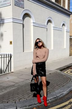 Don't forget to check our website for hot new shade styles to compete any outfit www.jusoflondon.com