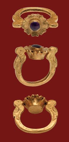 Gold ring with a floral bezel set with an amethyst, ca. 6th-7th century A.D.