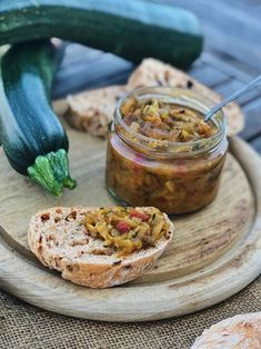 spicy zucchini relish – fashion kitchen – For Women Zuchini Relish, Zucchini Salsa, Zucchini Chips, Law Carb, Chutneys, Burger Toppings, Cheese Platters, Grilling Recipes, Summer Recipes
