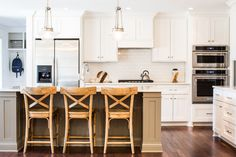 Our design goal for this kitchen renovation was to create a bright space perfect for a busy family. Click the image to see more from this project! #collectiondesignlifestyle Shaker Cabinets, White Cabinets, Organic Gardening Magazine, Counter Stools, Floor Plans, Interior, Table, Kitchens, Two Tone Kitchen