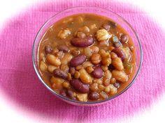 Pink-Vegan: Black Pinto Kidney Northern Bean Lentil Hominy Chili