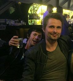 miniidrones:new pic! Cheers! #DomHoward #MattBellamy