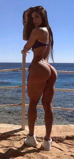 Hot Bikini Babe 😍visit us fo rmore Sexy Women, Fit Women, The Bikini, Sexy Bikini, Lemy Beauty, Femmes Les Plus Sexy, Mädchen In Bikinis, Bikini Swimwear, Swimsuits