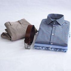 Košeľa a chinos nohavice ideálna kombinácia na každý deň. Blues, Backpacks, Instagram Posts, Pants, Fashion, Trouser Pants, Moda, Fashion Styles, Backpack