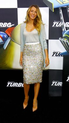 pretty gray-blue colors on blake lively
