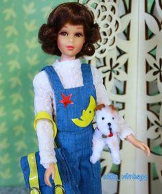 Barbie World di Laurika® Outfit Francie Fairchild dai 1966 al 1975, Italia: Lombardia: Milano: ePrice SpA [Photo: Instagram: shin_vintage® Short Flip Brunette Hair Francie Fairchild® in 3281 Cool Overalls /Cool Coveralls™ ©1972]