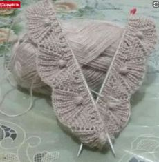 A 37 page PDF bundle of lace knit stitch patterns. Super Bulky yarn makes them super quick! Beginners to Advanced Beginners. Videos are available to help. Knitting Stiches, Knitting Charts, Easy Knitting, Baby Knitting Patterns, Knitting Designs, Crochet Edging Patterns, Stitch Patterns, Embroidery Patterns, Knit Crochet