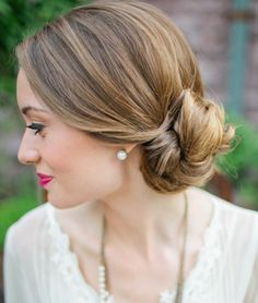 Wedding Hairstyles Inspiration Perfect for a Romantic Wedding Walk. To see more: http://www.modwedding.com/2014/01/25/wedding-hairstyles-perfect-for-a-romantic-wedding-walk/ #wedding #weddings #hair #hairstyles #fashion