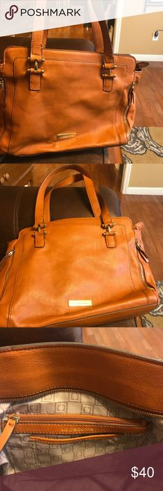 Like new Liz Claiborne Purse Large over the shoulder Liz Claiborne purse, several pockets and big enough to carry your tablet or books or what have you. Carried once on a plane as a carry on, so excellent condition. Liz Claiborne Bags Shoulder Bags