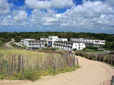 HOTEL TOPDEAL | 3 dagen Zeeland incl. ontbijt en 1x 3-gangen diner vanaf € 89,- p.p. Hotels, Tulips, Netherlands, Holland, Vineyard, Country Roads, Beach, Water, Outdoor