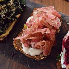 Beef tartar, tonnato sauce, dried beef, on a sprouted rye bread @bartartinesf