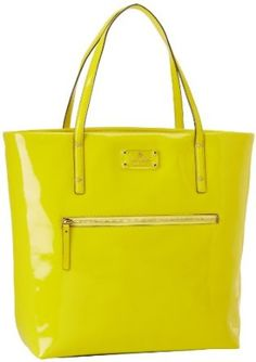 Product Description From the Manufacturerkate spade was founded in 1993  with six simple handbags that shook up what had been a quiet accessories  category. 304e597ecde63