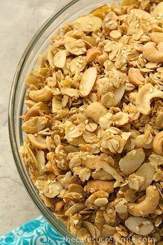The Best Granola Recipe - w/ Cashews & Coconut - thecafesucrefarine.com
