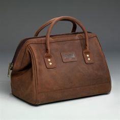 """A simple, clean, beautiful travel bag (it's actually a """"machinist's bag,"""" but that'll do)!"""