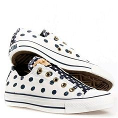 Converse All Stars Low-top Polka Dot Chucks White/ Navy Cute Sneakers, Converse Sneakers, High Top Sneakers, High Heels, Pretty Shoes, Cute Shoes, Me Too Shoes, Cool Converse, Converse All Star