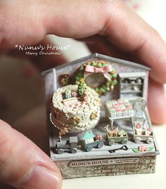 Épicerie boîtes maison de poupées miniatures petit déjeuner