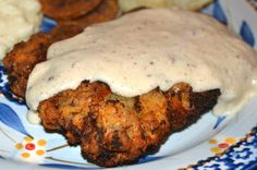Mrs Happy Homemaker: Chicken Fried Steak with White Gravy