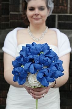 beehive craft collective: Crepe Paper Flowers