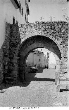 Viver Évora: Évora Perdida no Tempo - Arco de Dona Isabel