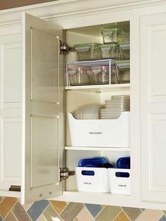 Organize kitchen storage containers