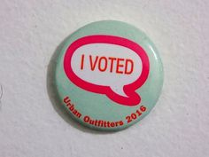 """Urban Outfitters 2016 Green """"I Voted"""" Pin Button"""