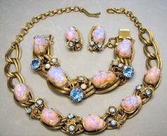 RARE Schiaparelli Fiery Pink Opalescent Dragon Egg Stone Parure   eBay