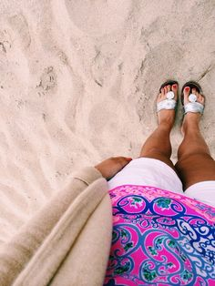 {summer outfit} jack rogers, lilly top, j.crew shorts, and a cream cardigan