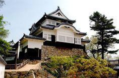 備中松山城 - 岡山県観光総合サイト おかやま旅ネット|岡山県観光連盟